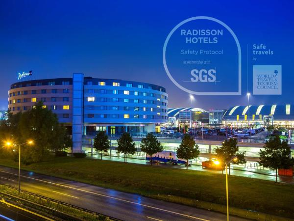 Radisson Blu Hotel Hamburg Airport 4 Fuhlsbuttel Hamburg